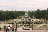 Oslo_765_06182019 - Looking back towards the front of the Vigelandsparken from the human pole