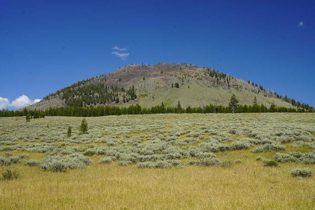Osprey_Falls_396_08042020 - Bunsen Peak