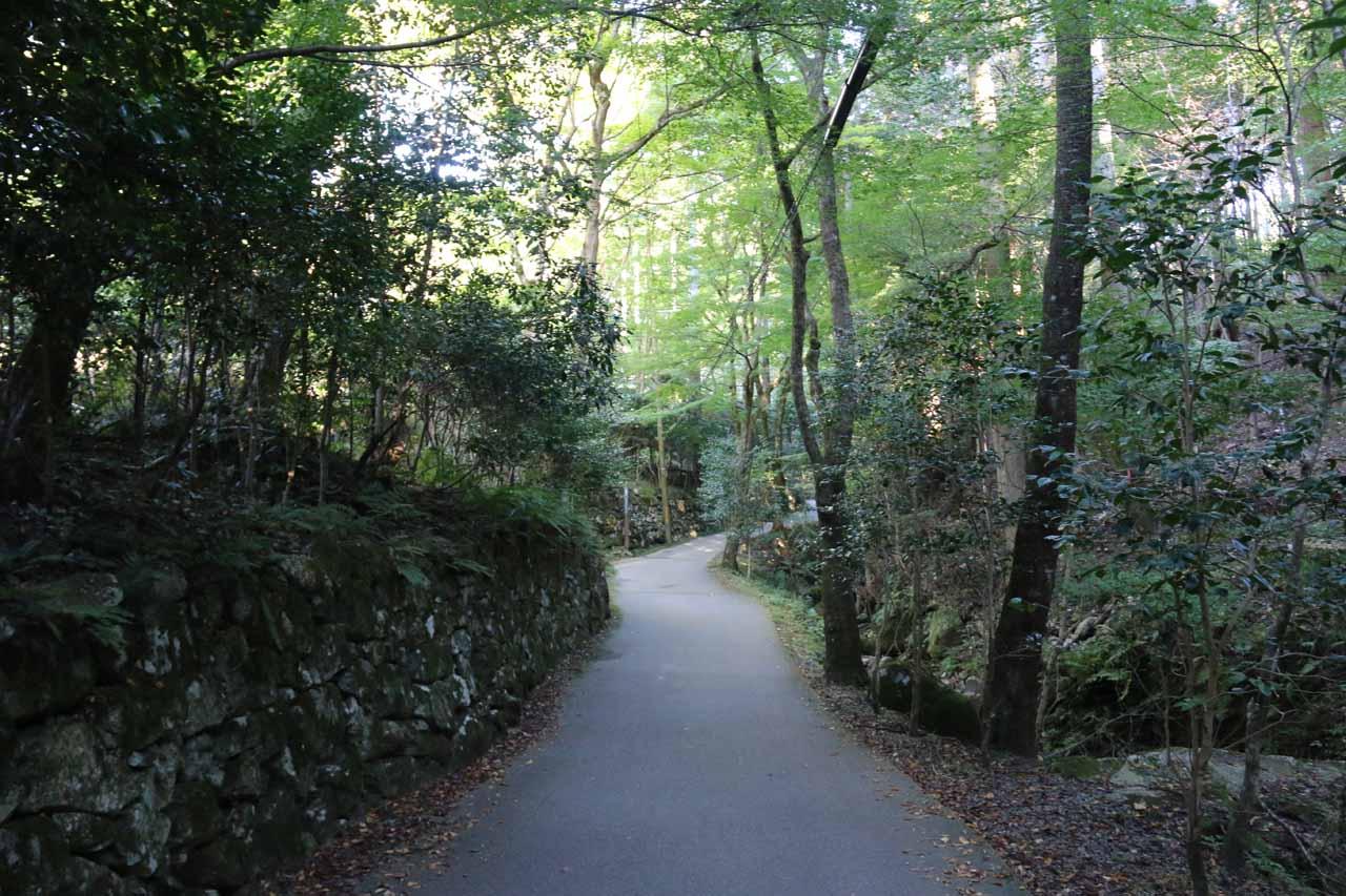 Continuing on the walk along the road towards Otonashi Waterfall