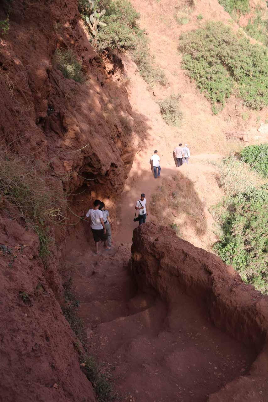 Descending towards the bridges before Cascade d'Ouzoud