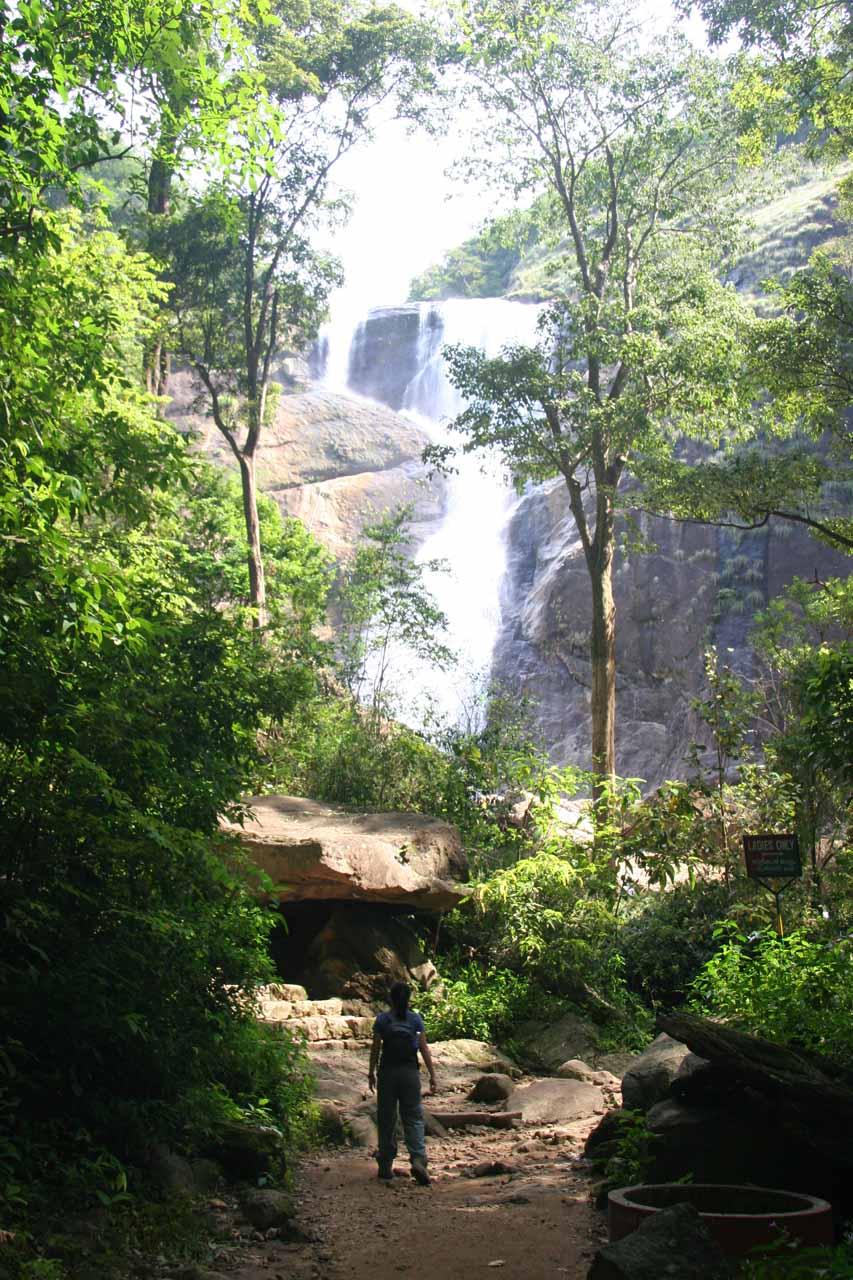 Julie approaching Palaruvi Falls
