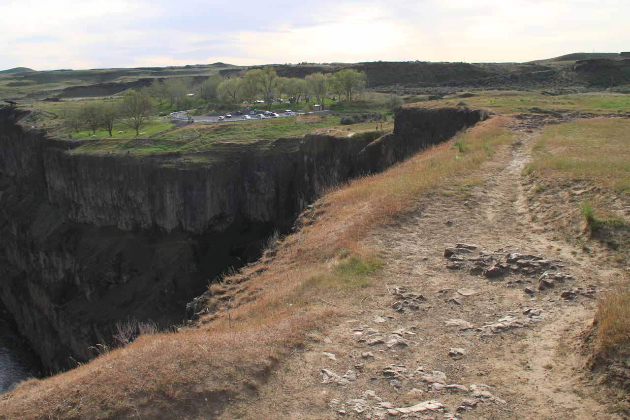 Skirting the gorge rim looking for other views of Palouse Falls