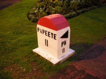 Papeete_Notre_Dame_002_12162012