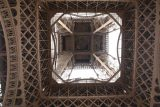 Paris_18_088_06142018 - Looking up from the base of the Eiffel Tower