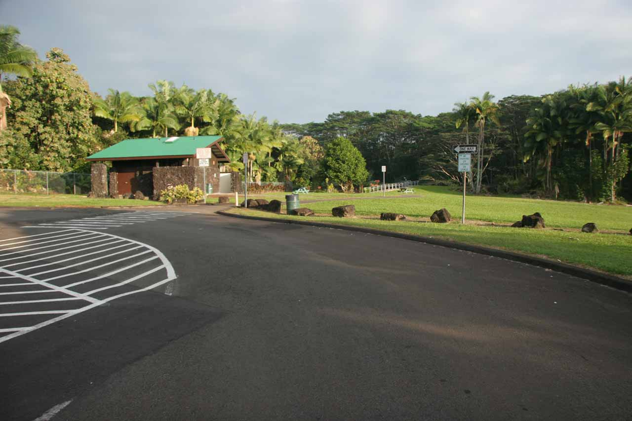 The car park for Wailuku River State Park