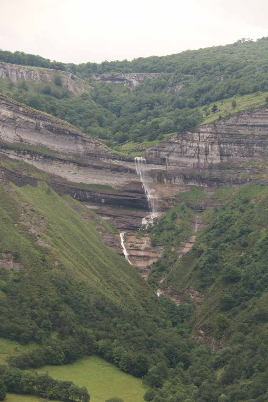 An interesting cliff-diving waterfall seen right off the road as we were driving from Pedrosa de Tobalina towards Bilbao