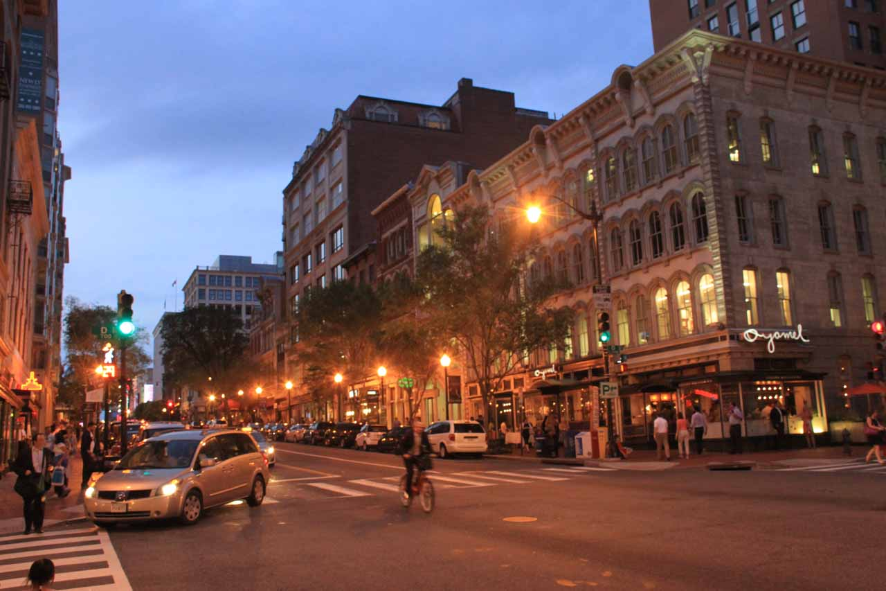 Twilight at the Penn Quarter