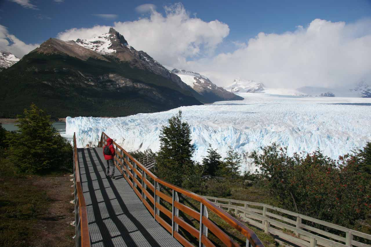 Julie on the walkway to the Perito Moreno Glacier