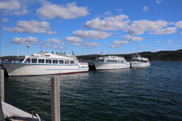 Pictured_Rocks_cruise_009_09302015 - Looking at the boats that are used for the Pictured Rocks Tour