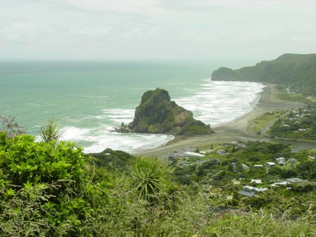 Piha_Beach_031_12022004 - Between Kitekite Falls and Karekare Falls was this gorgeous view of Lion's Rock and Piha Beach on Piha Rd