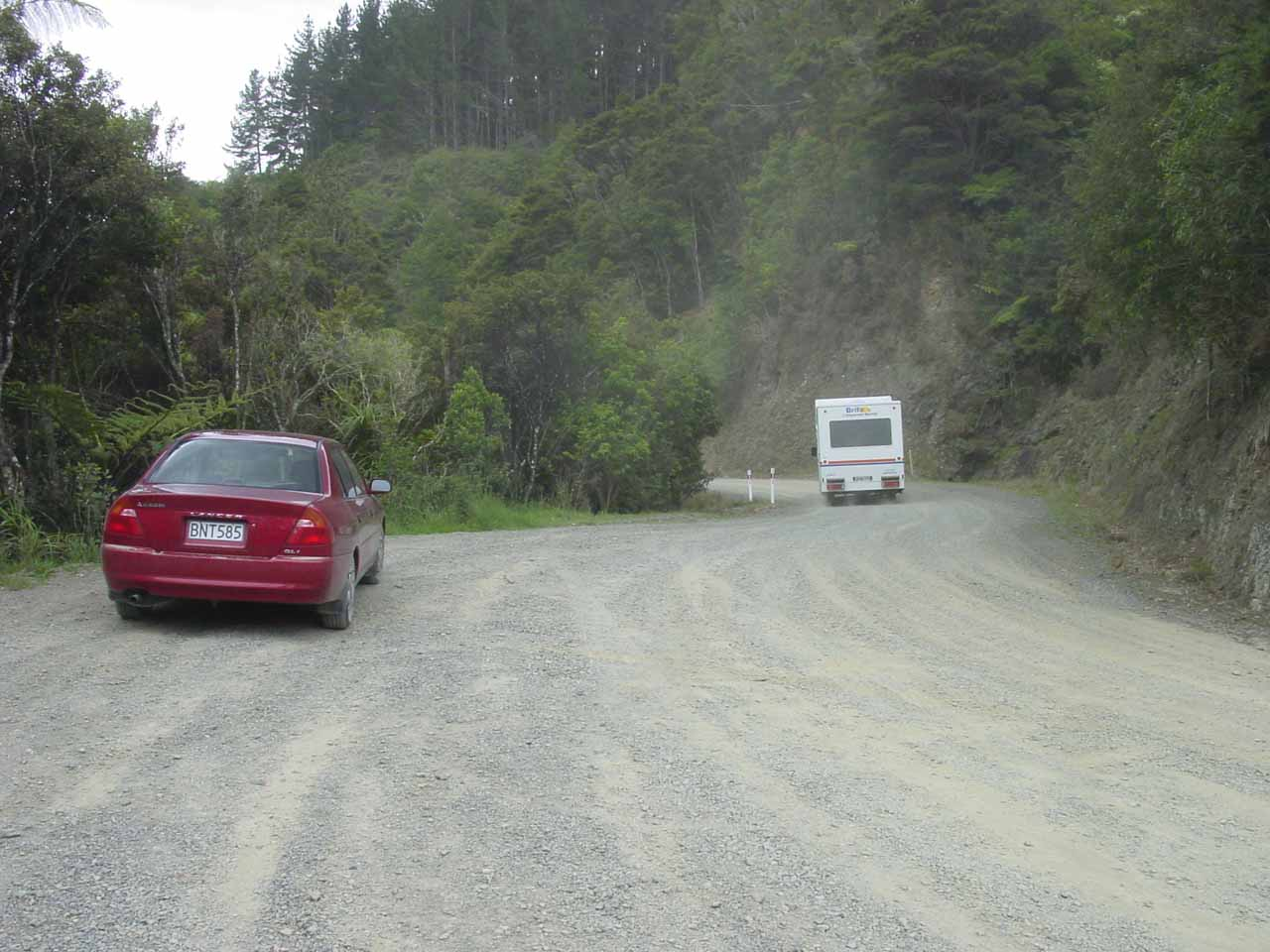 Pulling over for the trailhead for Piroa Falls