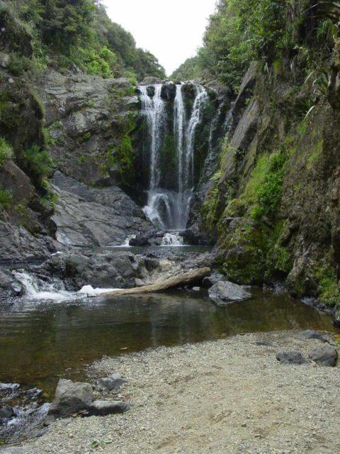 Piroa_Falls_008_11062004 - Piroa Falls