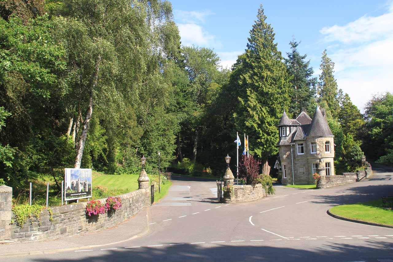 The driveway leading up towards the Atholl Palace Hotel and Museum