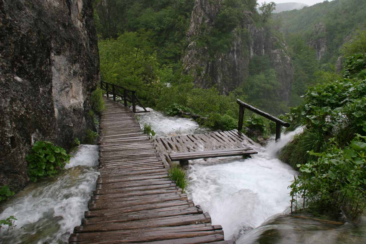 Sometimes the boardwalks go right over the waterfalls