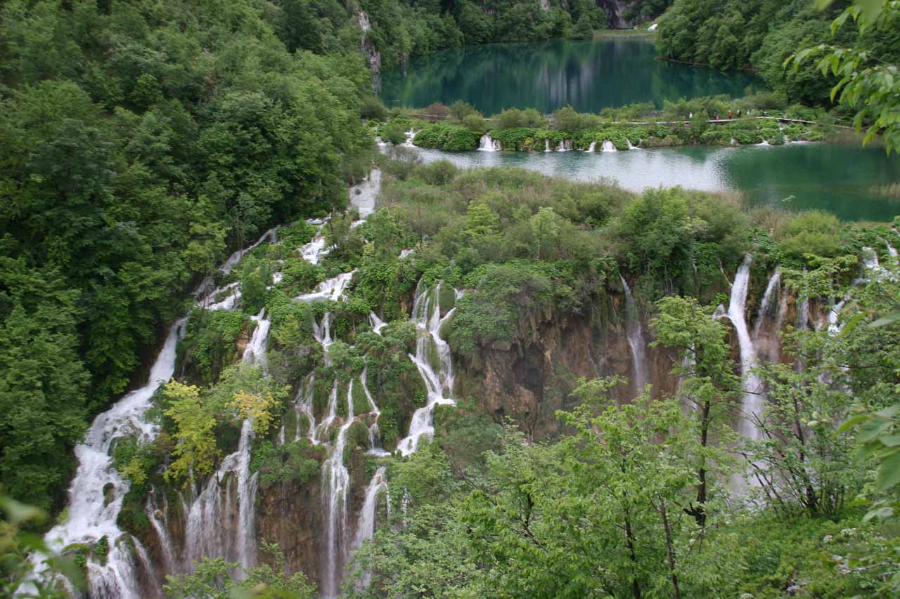 Alternate view of Sastavci Waterfall