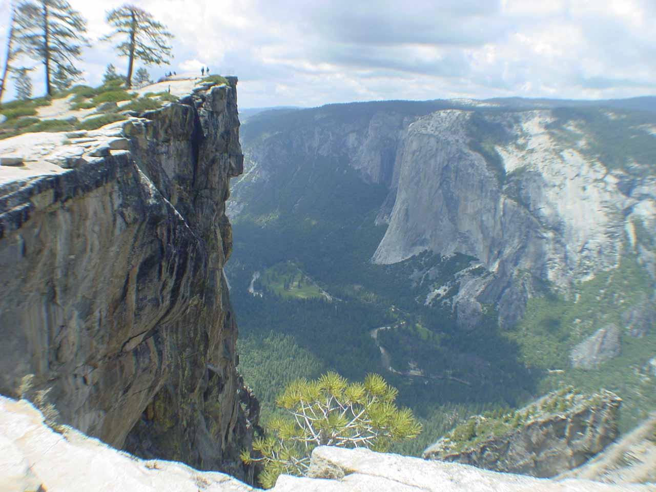 The vertical cliffs of Taft Point