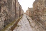 Pompeii_042_20130518 - Narrower streets still intact in Pompeii