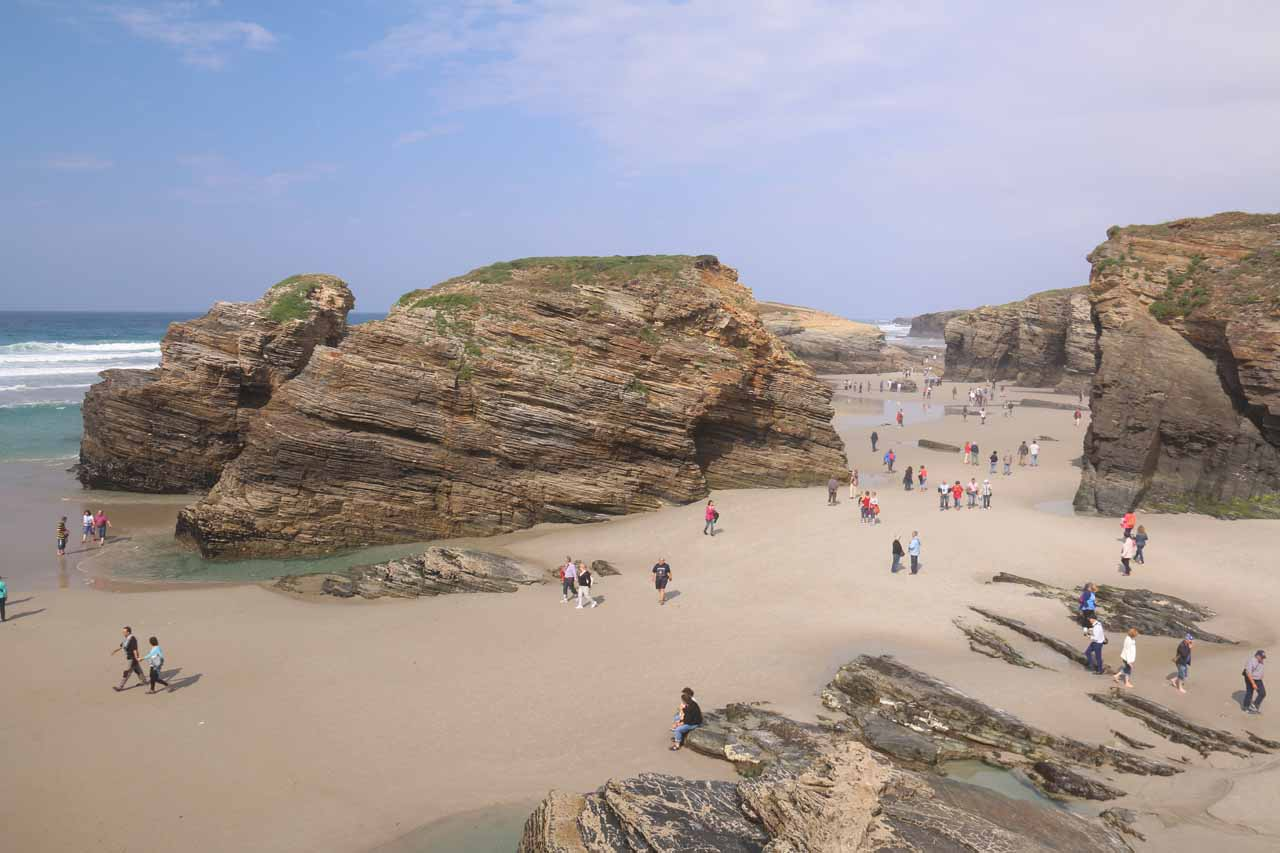 Looking down at the even more crowded Praia As Catedrais