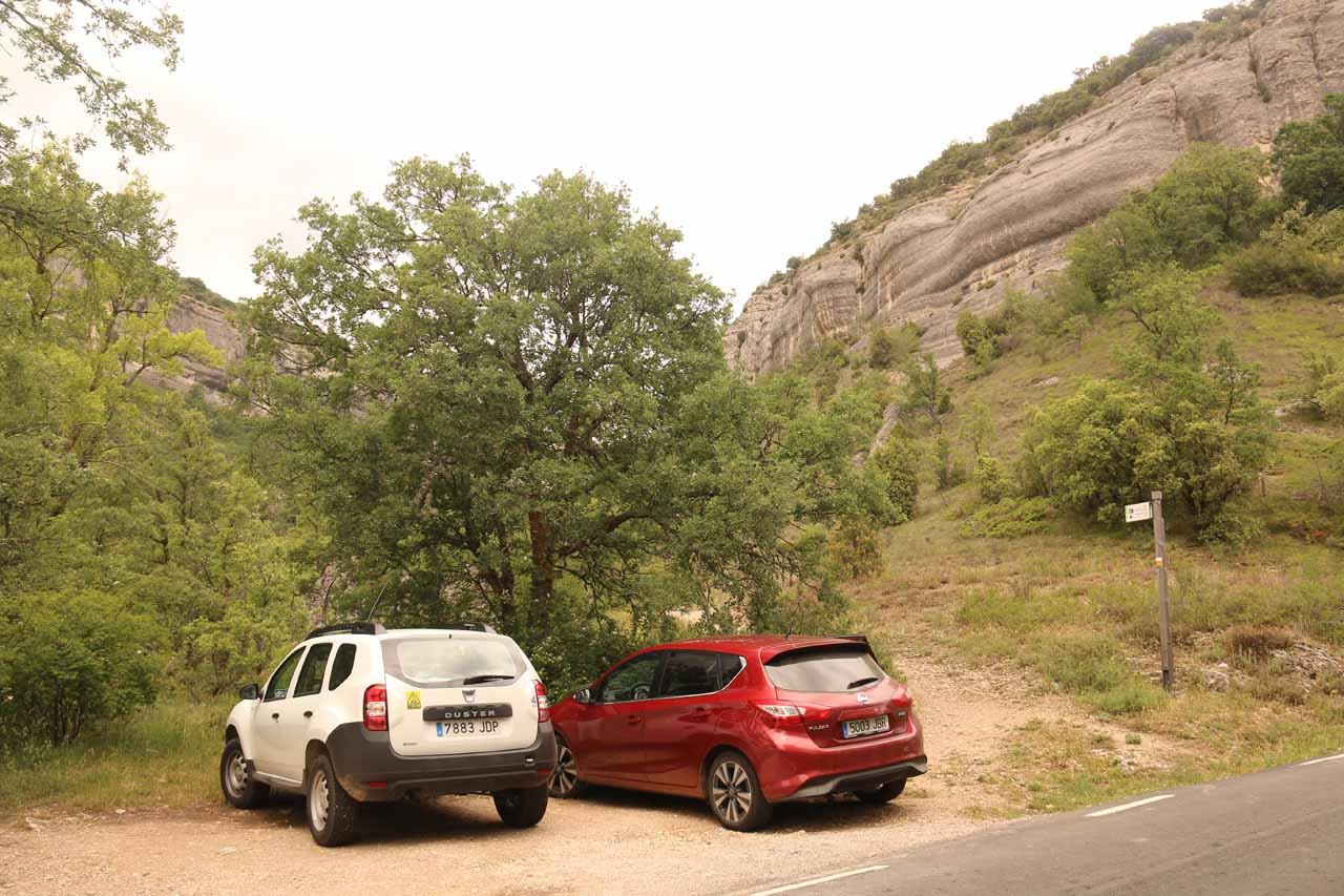 Parked at the small car park and trailhead for Cascada La Mea