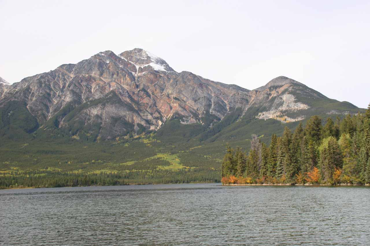 After visiting Athabasca Falls, we made a brief detour to Pyramid Lake