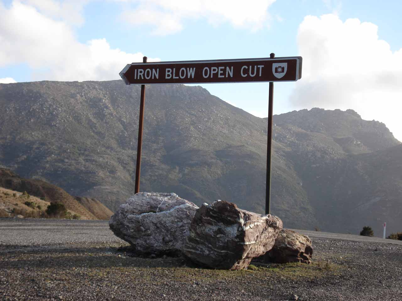 This was the Iron Blow Open Cut sign about 1km further up the mountain from where we saw Horsetail Falls