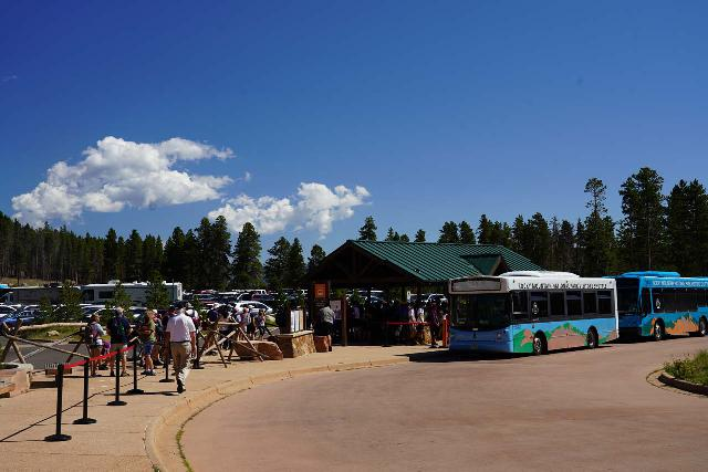 RMNP_163_07272020 - The long Disneyland-esque line at the Park and Ride for Bear Lake within Rocky Mountain National Park