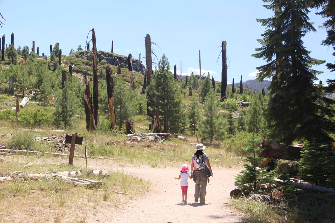 Julie and Tahia approaching the junction with the Red's Meadow Trail