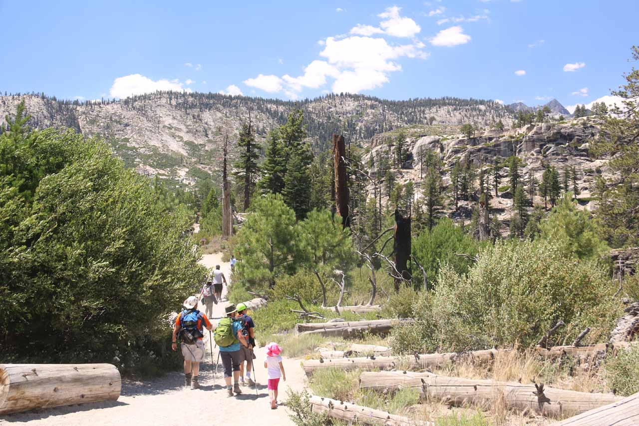 This is probably the most popular trail in the Mammoth Lakes area so expect to share it with many people