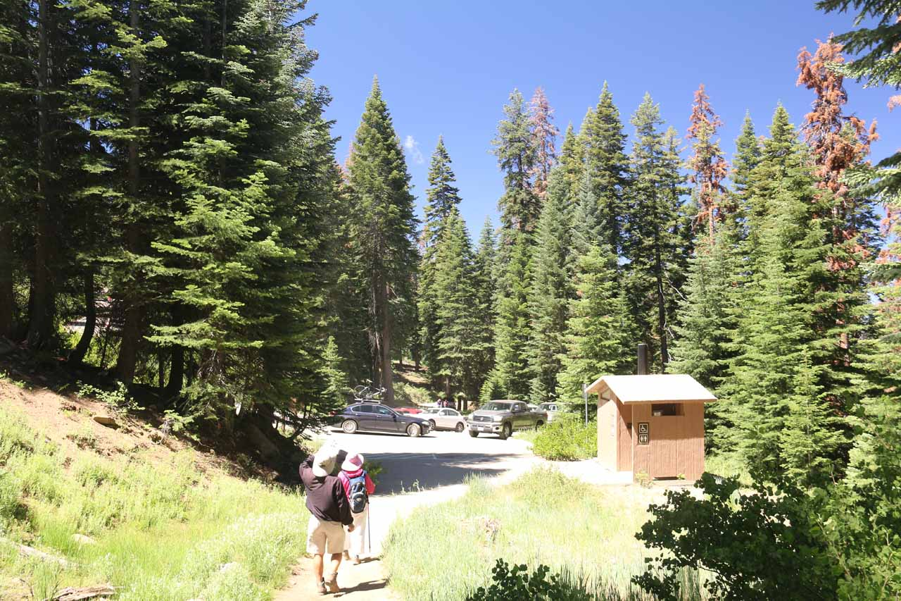 Back at the Rancheria Falls Trailhead, but now it was quite full of cars
