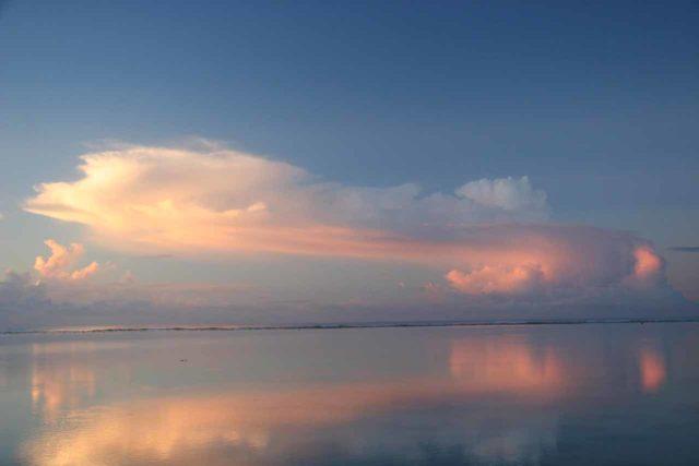 Rarotonga_186_01142010 - An interesting missile-shaped cloud seen during a Rarotonga sunrise