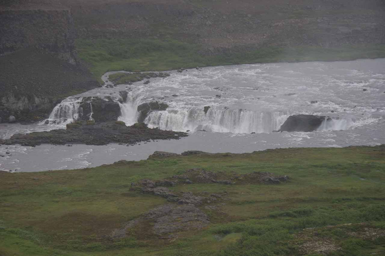 Zoomed in look at Réttarfoss.  If it really does mean 'Folded Falls' then I guess its name would be pretty appropriate