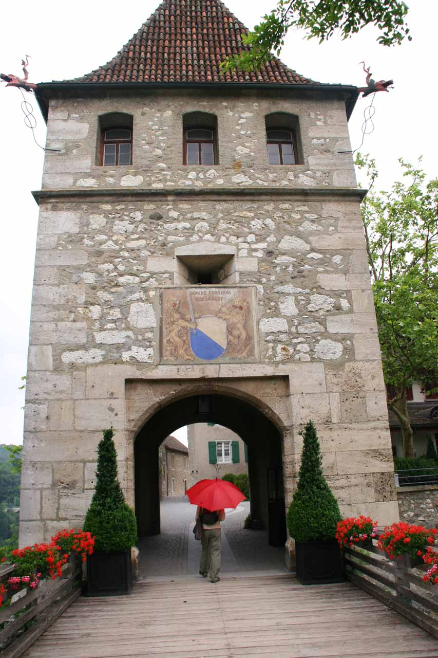 The entrance to Schloss Laufen