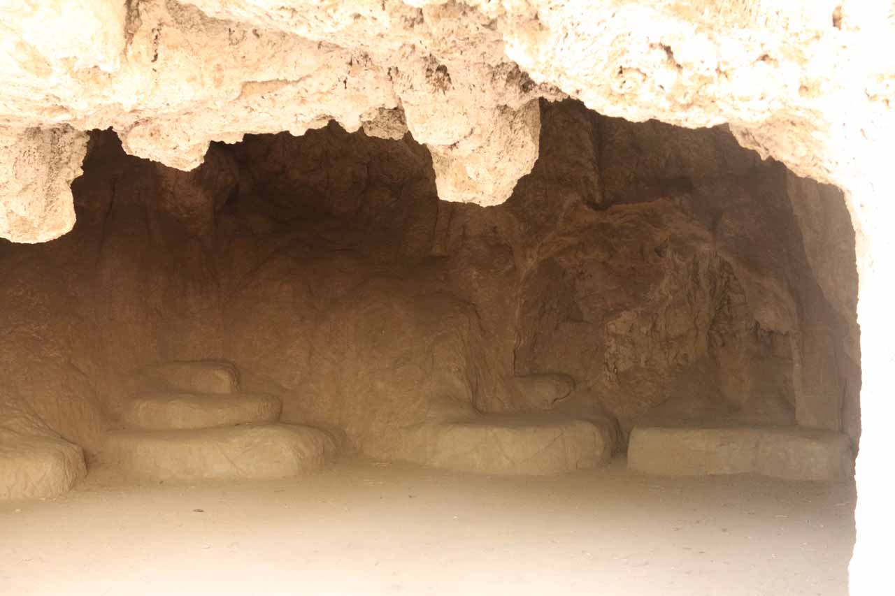 This was the inside of one of the caves or alcoves within the travertine dam holding up Rifle Falls. This cave appeared to have 'seats' inside though I'm not sure if they were genuine or not