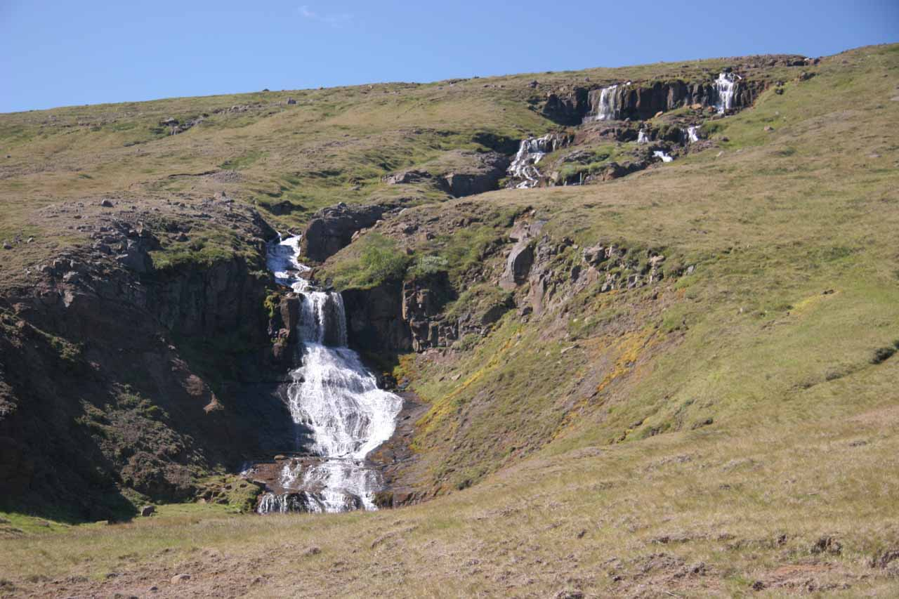 This was the waterfall that the signpost for Fremsti Rjukandi was pointing to