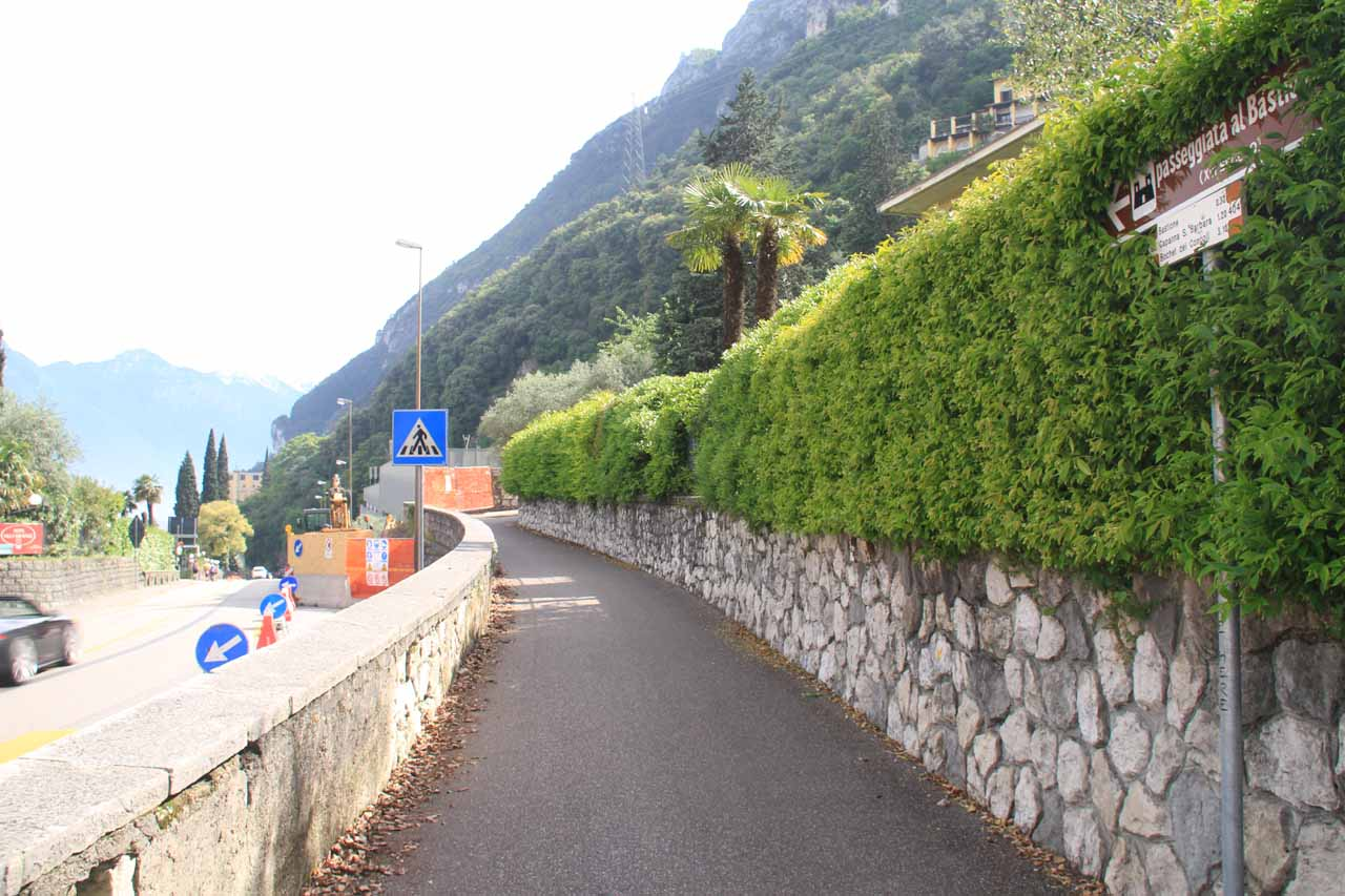 Starting the walk up the ramp to the bastione above Riva del Garda