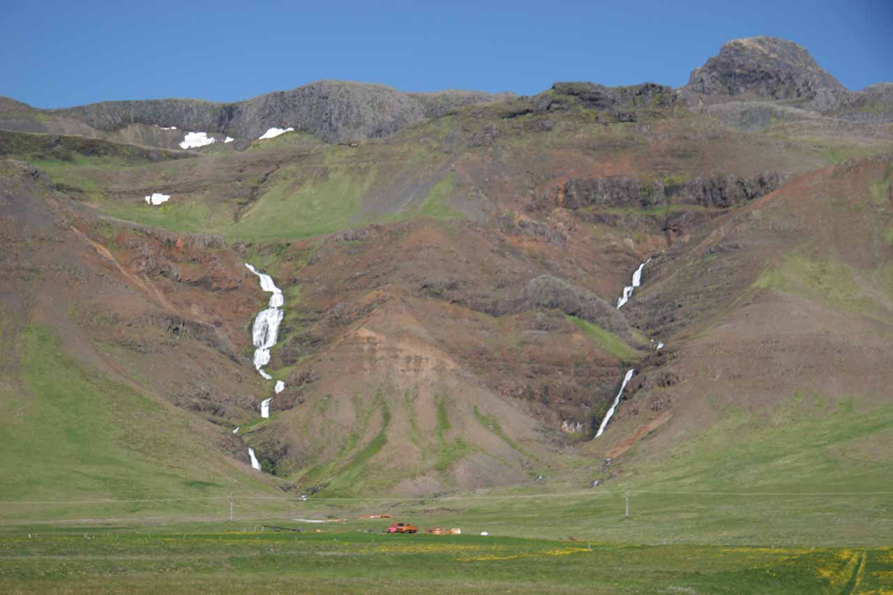 Dual cascades tumbling down on the southern side of the Snæfellsnes Peninsula