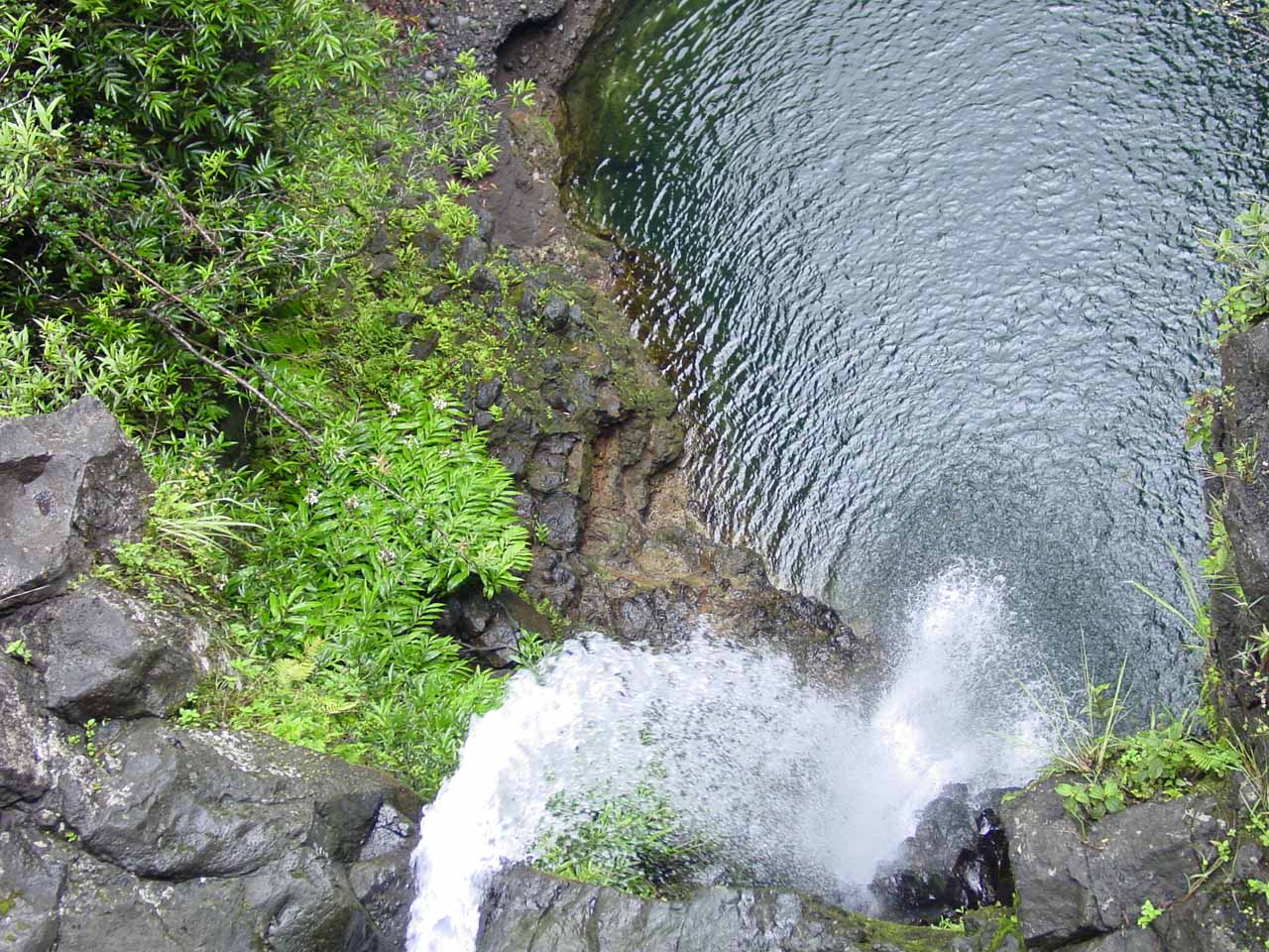 Makapipi Falls
