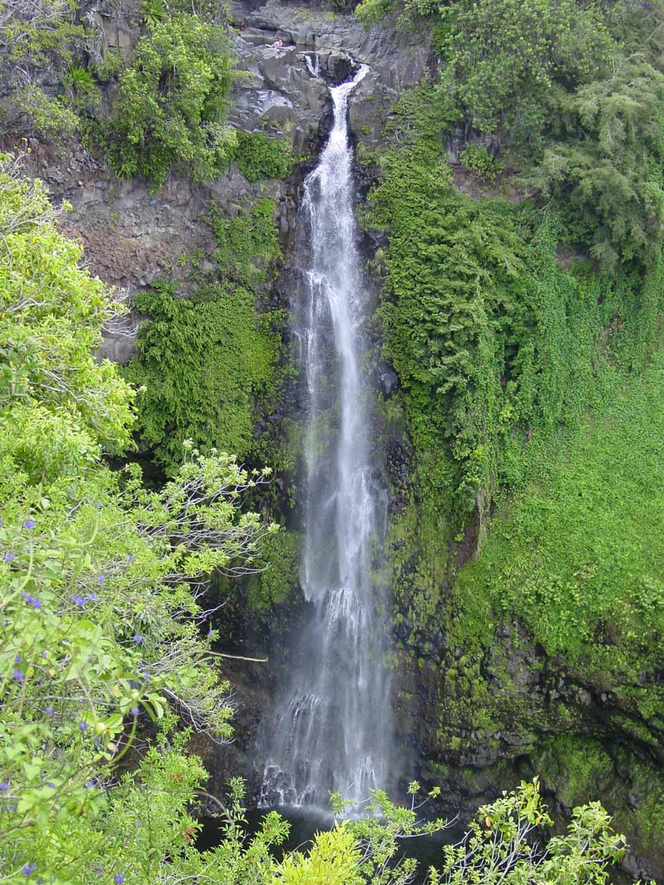 Closer look at the impressive Makahiku Falls in moderate flow back in 2003