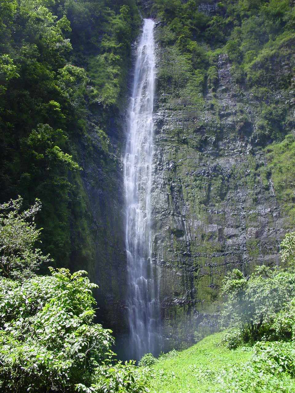 Our first full view of Waimoku Falls back in September 2003