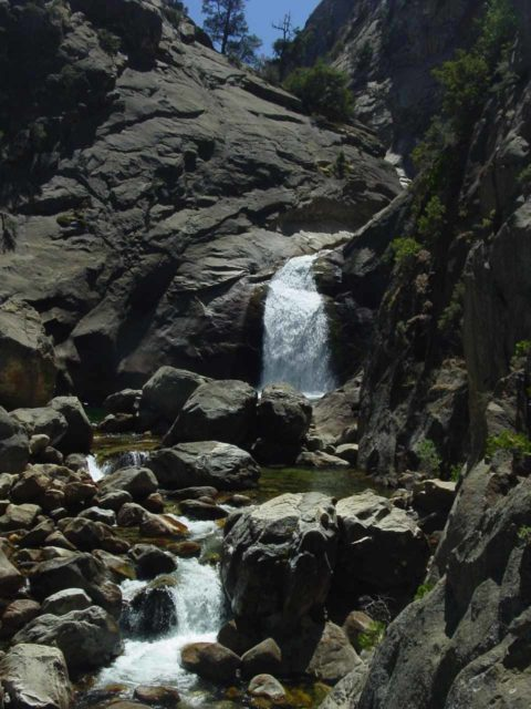 Roaring_River_Falls_012_08272004