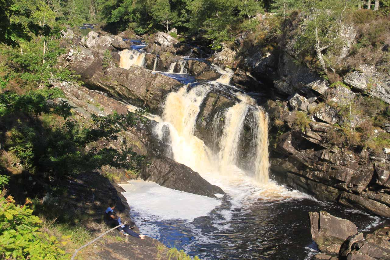 Frontal look at Rogie Falls from the middle of the suspension bridge