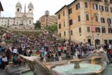 Rome_013_20130516 - The crowded Spanish Steps