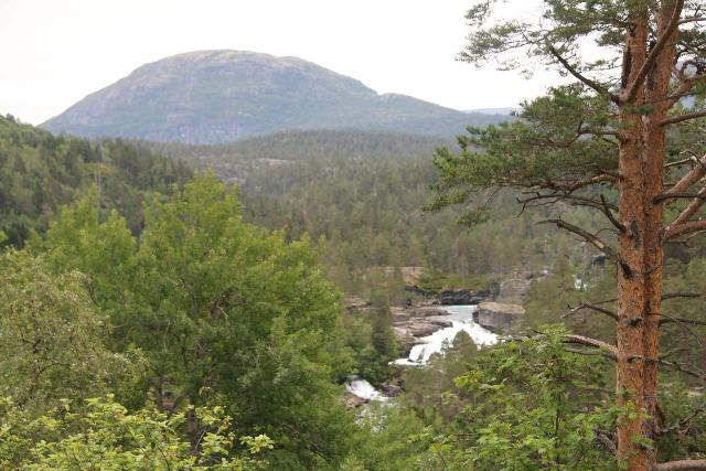 Romsdalen_166_07162019 - Looking down towards what I think was Brufossen on the Rauma River as seen from the E136 by the deep high-clearance clearing