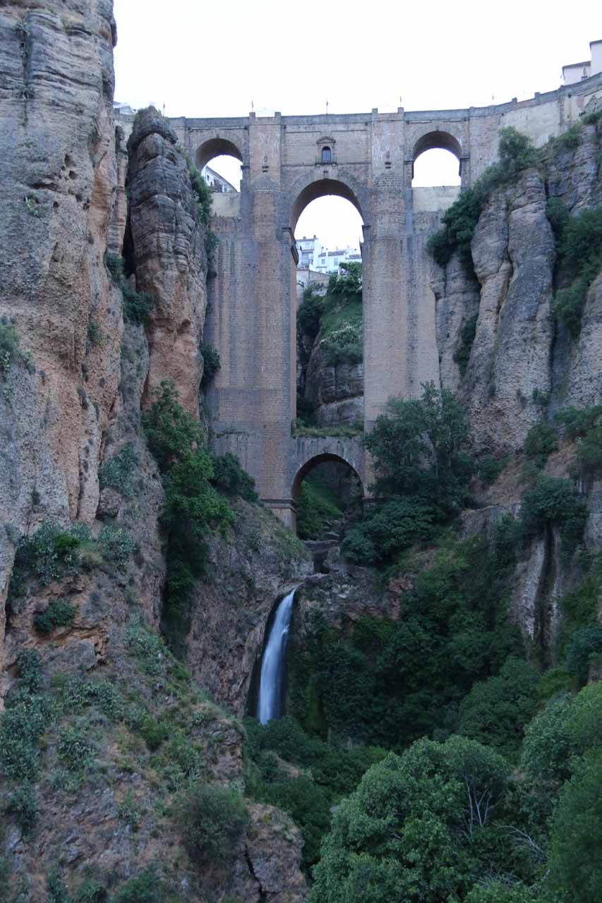 Closer examination of the impressive Ronda Waterfall and Puente Nuevo above it in the early morning hours