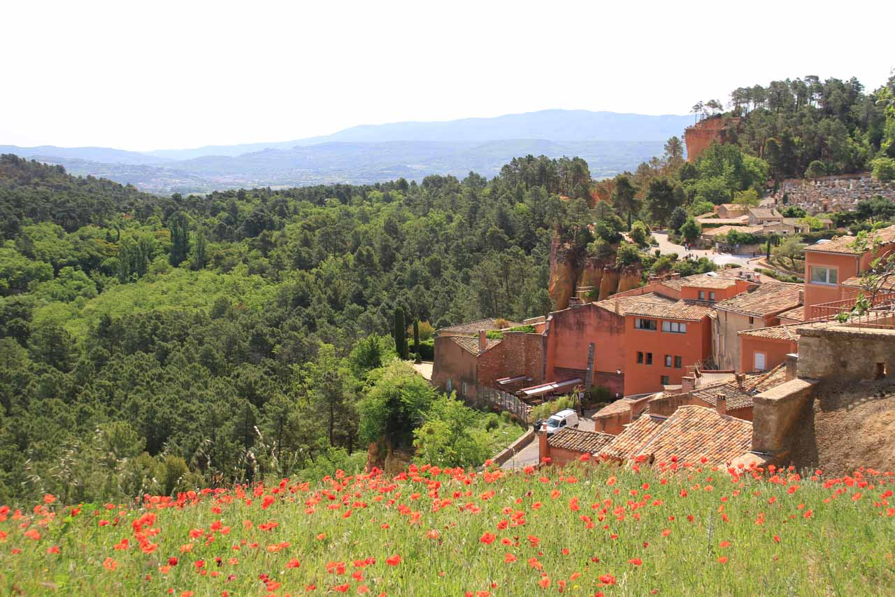 Gordes was also near the picturesque town of Rousillon with its Bryce Canyon-like (or Cedar Breaks-like) red cliffs, except the town itself was very quintessential Provence