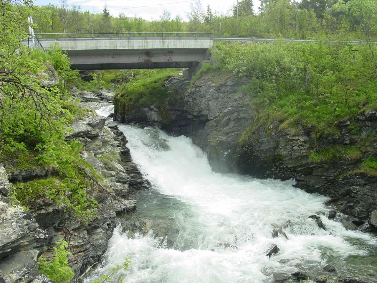 Looking upstream at some cascades where Rovvejohka rushed beneath the E8 road bridge
