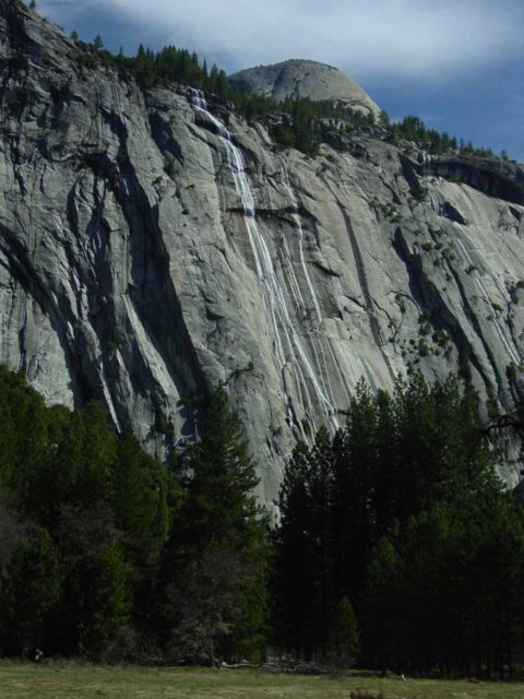 Royal_Arch_Cascade_002_03212004