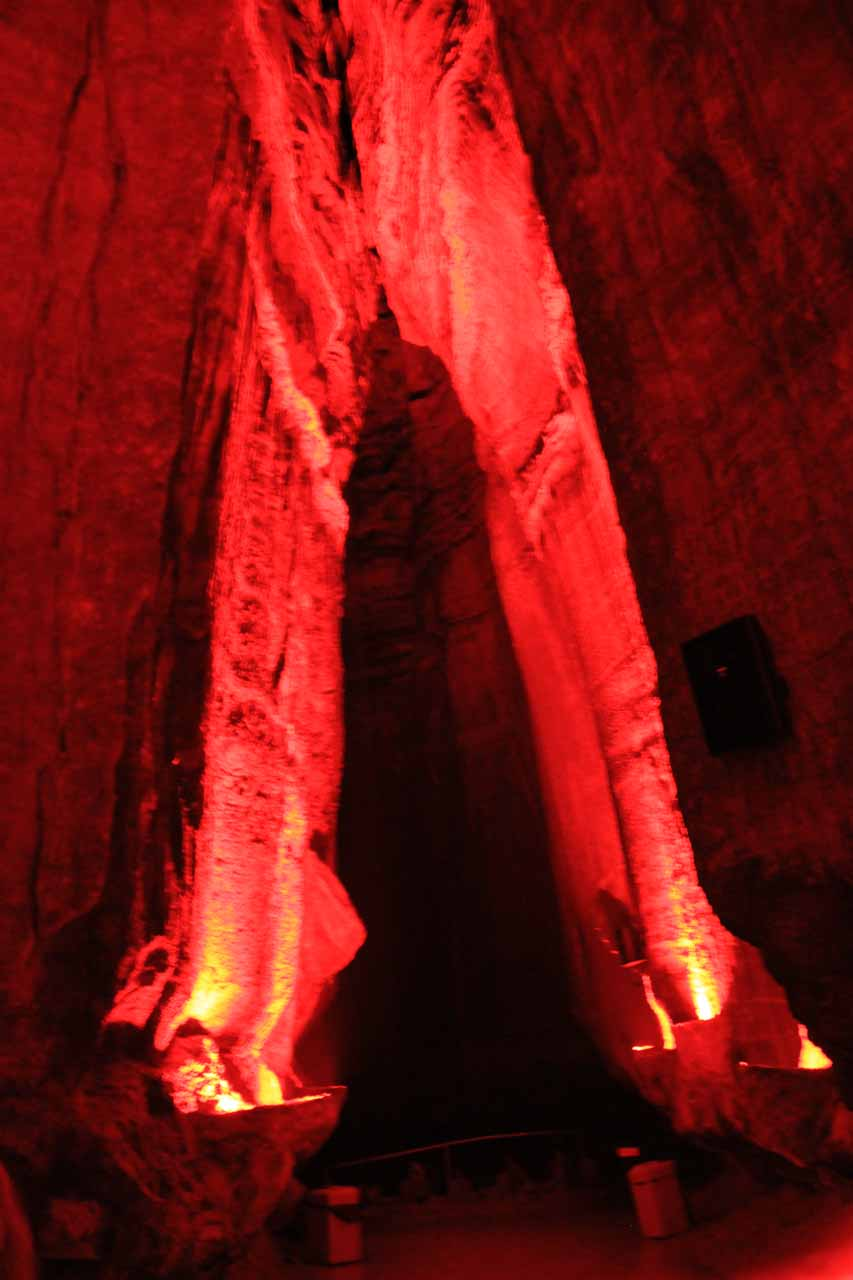 What Ruby Falls looks like when the lights are not on
