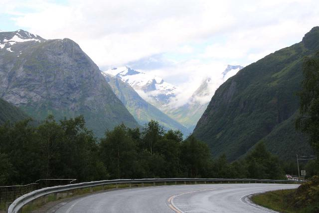 Rv63_Rv15_099_07192019 - This was the view of the Rv15 as well as the Hjelledal Valley (Hjelledalen) from the pullout for Øvstefossen