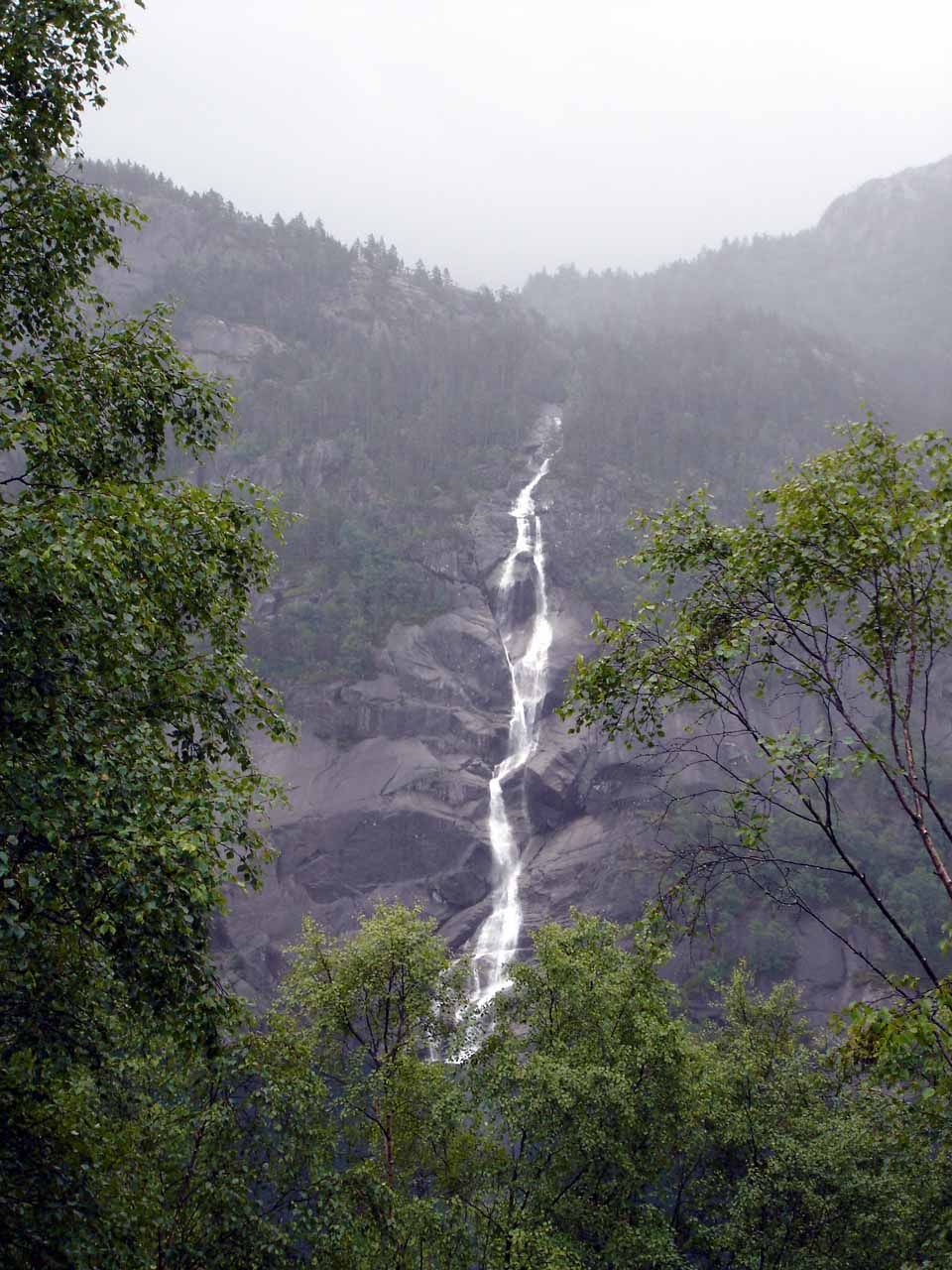 Direct view of one of the taller waterfalls seen along Rv520